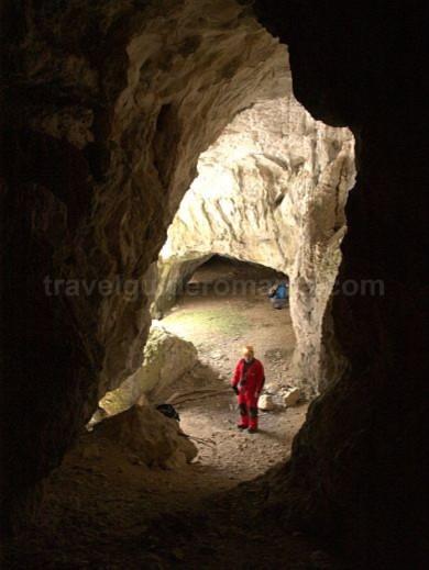caves iadului valley Padurea Craiului Apuseni
