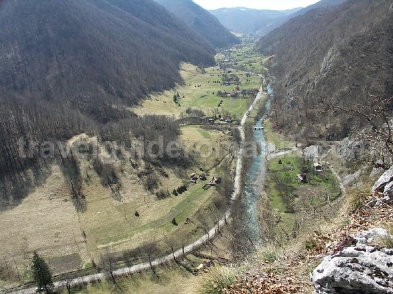 valea iadului remeti Padurea Craiului Apuseni