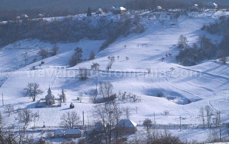zece hotare village Padurea Craiului Apuseni