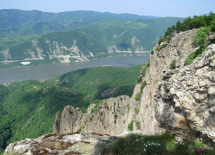 Danube Gorges The Natural Park Portile de Fier trescovat peak