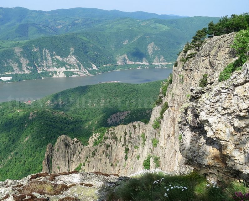 Danube Gorges The Natural Park Portile de Fier trescovat route