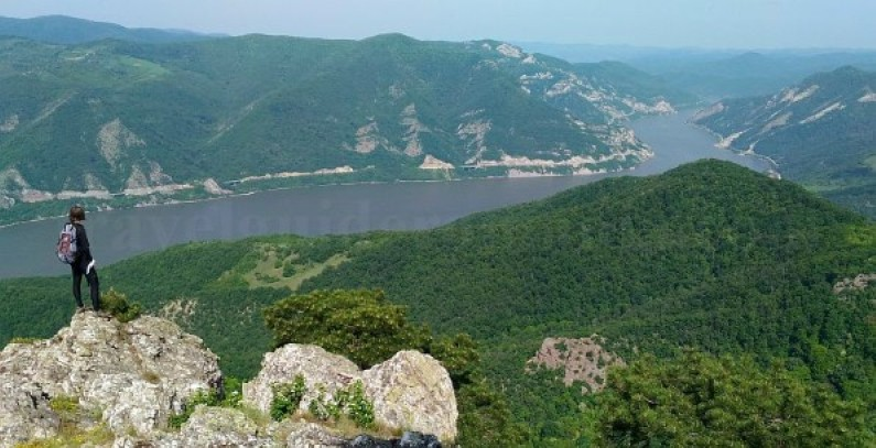Danube Gorges The Natural Park Portile de Fier trescovat route panorama