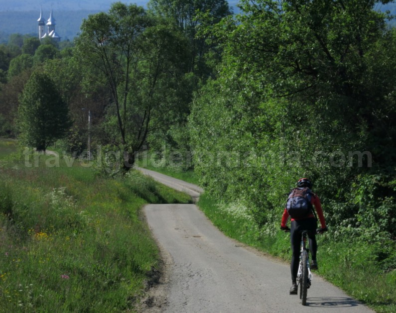 Ecotourism destination Mara – Cosau – Creasta Cocosului from Maramures breb cycling green ways