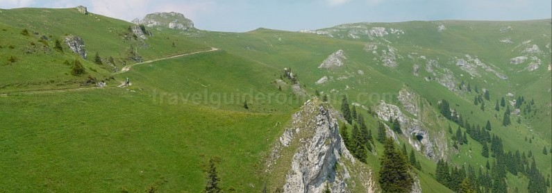 latoritei mountains boarnesu limestone strategic road cycling Romania mountain-biking mtb