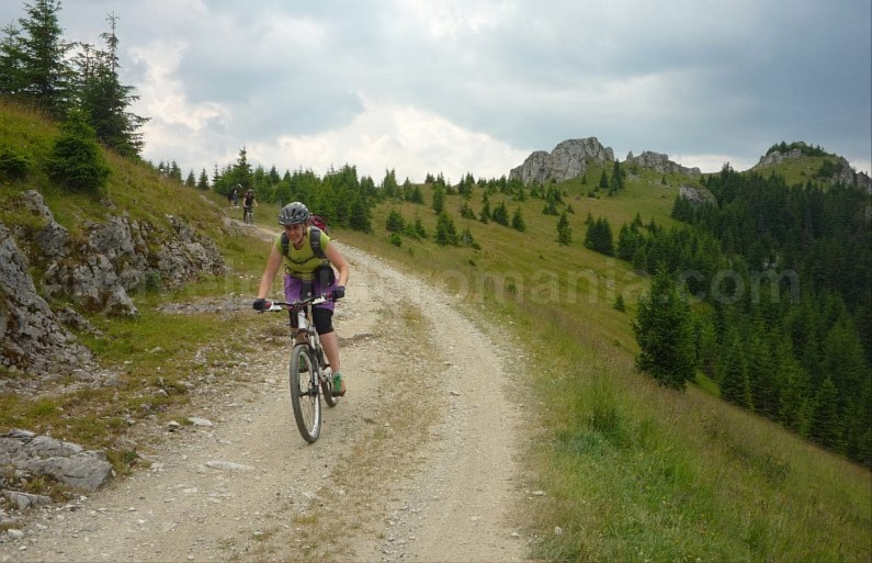 latoritei mountains boarnesu limestone strategic road mountain-biking mtb cycling