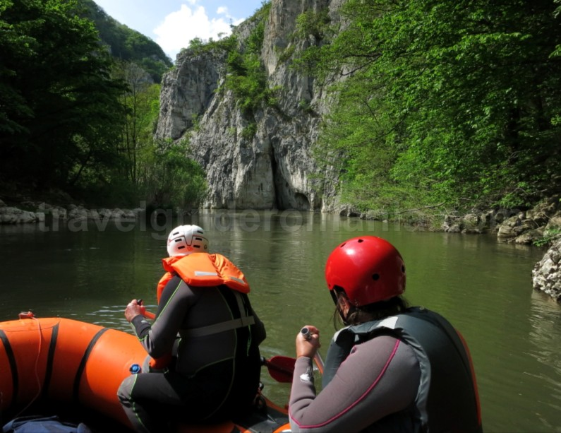Natural Reservation Cheile Nerei – Beusnita rafting kayak