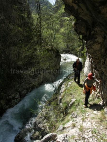 National-park-Semenic-Cheile-Carasului-garlistei-gorges