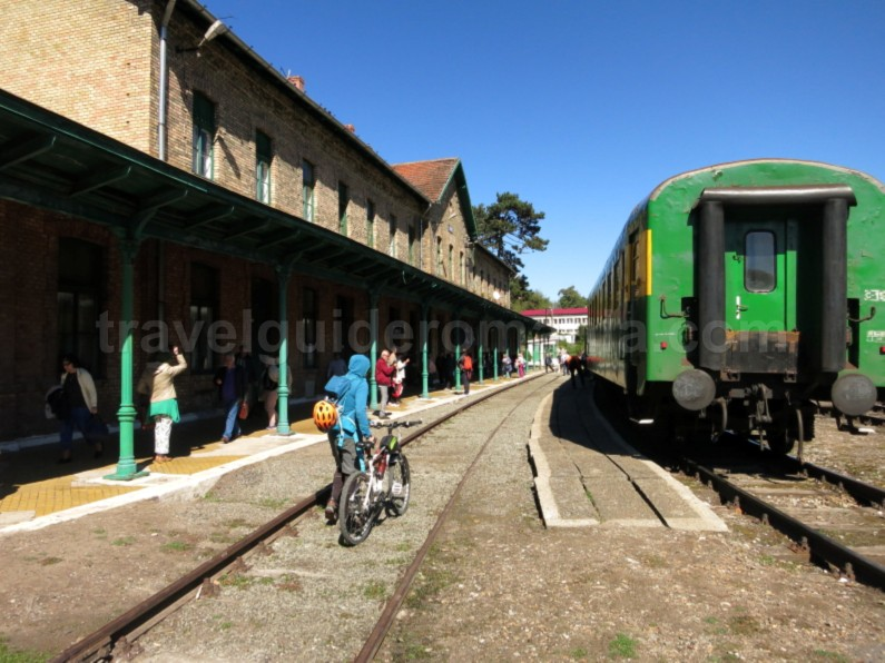 anina railway station cycling