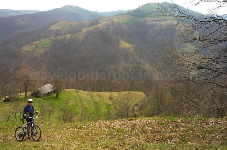 czech village Banat Mountains almajului mountain biking