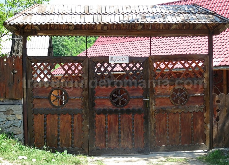 czech villages Banat Mountains accomodation