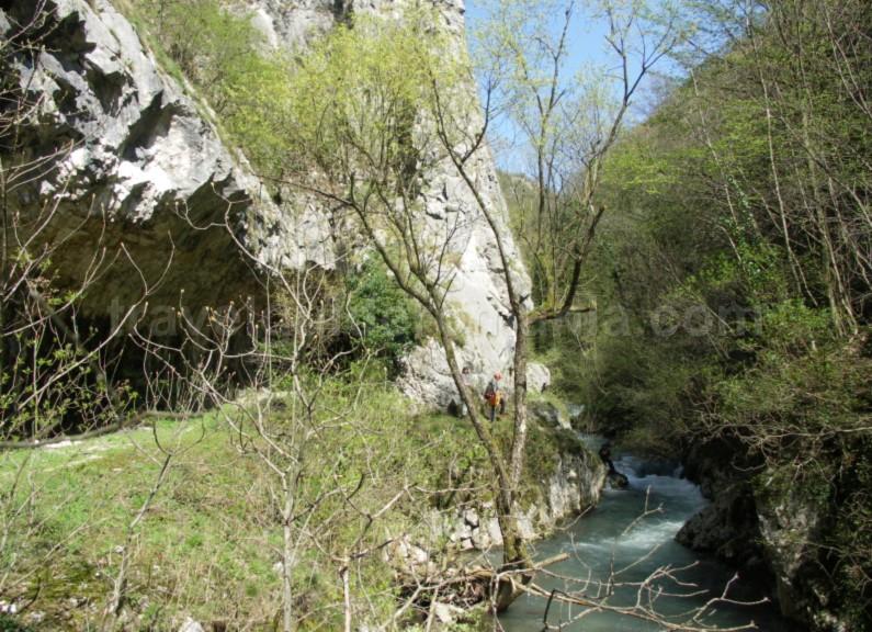 garlistei-gorges-National-park-Semenic-Cheile-Carasului