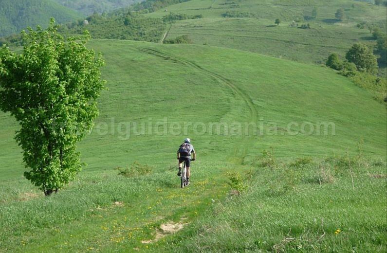 ravensca bigar czech village Banat Mountains mountain biking