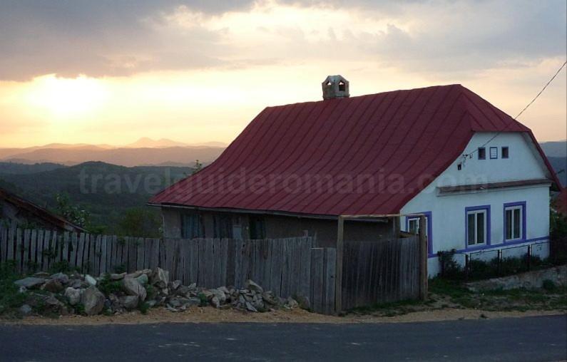 ravensca czech village Banat Mountains Almaj