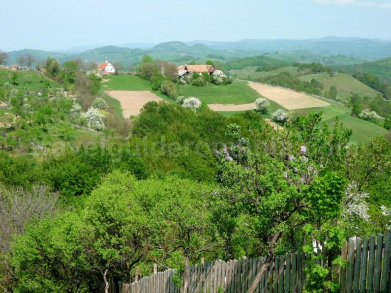ravensca czech village Banat Mountains agriculture