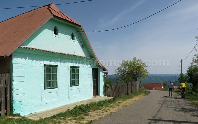 ravensca czech village Banat Mountains