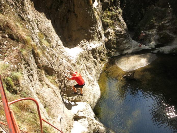 Valea lui Stan (Stan's Valley) Canyon fagaras