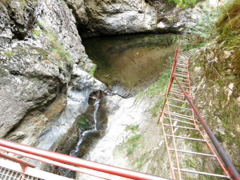 bridge Valea lui Stan (Stan's Valley) Canyon fagaras