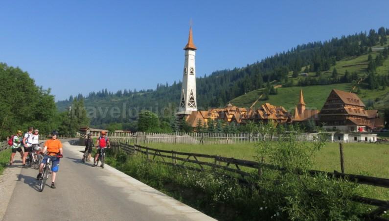 Ecoturism-Destination-Tara-Dornelor-mtb-monastery