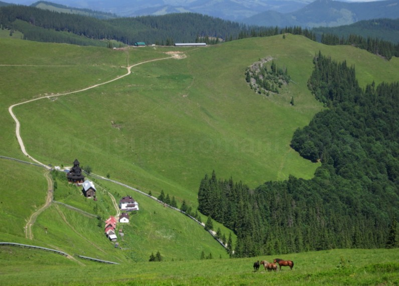 Ecoturism-Destination-Tara-Dornelor-suhard-monastery