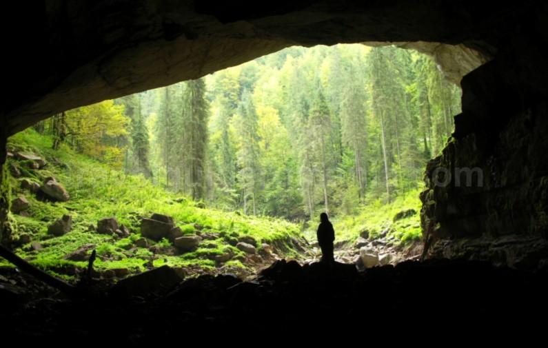 Tara Motilor Apuseni Coiba Mare Cave