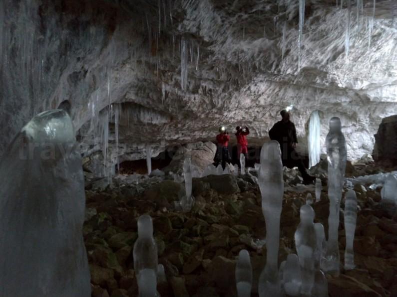 Tara Motilor Apuseni vartop cave