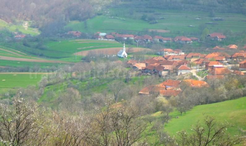 The Vaşcău Karst Plateau– The Apuseni Mountains colesti village
