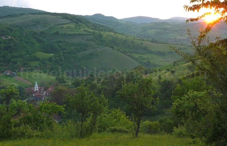The Vascau Karst Plateau – The Apuseni Mountains calugari