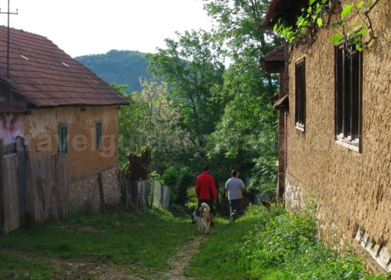 The Vascau Karst Plateau – The Apuseni Mountains colesti sat