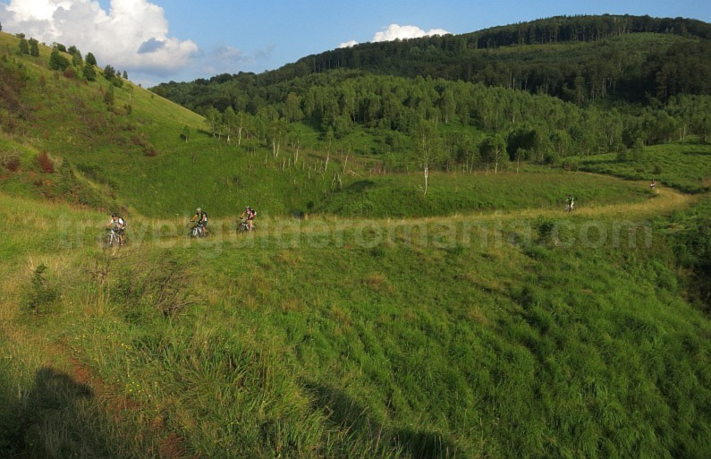 The Vascau Karst Plateau – The Apuseni Mountains recea